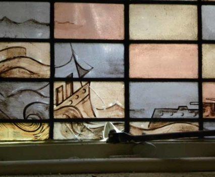 Voor restauratie, Raam van Jan-Vaessen 1